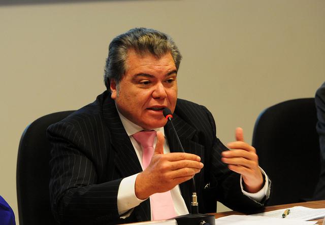 Ministro defende pacto contra desmatamento
